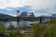 Pont sur le Kjerringvikstraumen