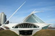 Milwaukee Art Museum Quadracci Pavilion, Milwaukee Art Museum Pedestrian Bridge
