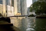 Cavenagh Bridge, Singapour.