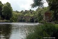DURHAM (Angleterre) – Prebends Bridge sur la rivière Wear.