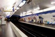 Jussieu Metro Station, line 10 platform