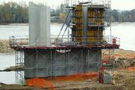 Tours - Doublement du pont de Saint-Cosme - Une pile en cours de construction