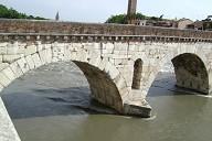 Ponte Pietra