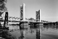 Tower Bridge, Sacramento.(HAER, CAL,34-SAC,58-8)