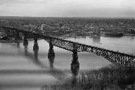 Poughkeepsie Railroad Bridge(HAER, NY,14-POKEP,8-;DLC/PP-97:NY-21)