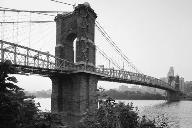 Cincinnati Suspension Bridge.(HAER, OHIO,31-CINT,45-4)