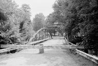 White Bowstring Arch Truss Bridge.(HAER, OHIO,50-POL,2-4)