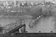 Walnut Street Bridge, Harrisburg, Pennsylvania.(HAER, PA,22-HARBU,25-1)