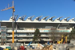 Amortisseurs harmoniques de huit tonnes pour l'élite du tennis à Paris