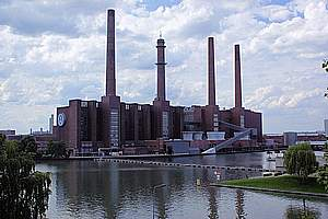 Factories / manufacturing plants (site)