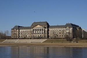 Ministeriumsgebäude