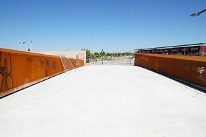 U-shaped girder bridges