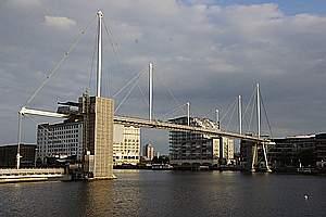 Inverted Fink truss bridges