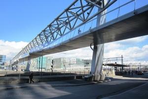 Ponts en poutre en treillis à dalle suspendue