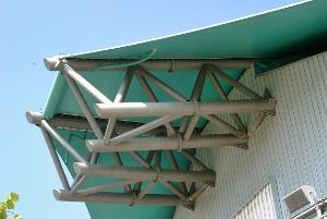 Truss-supported membrane structures