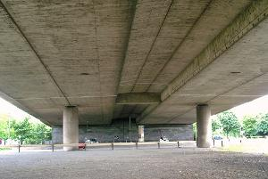 Double T-section girder bridges