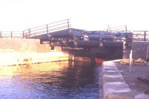 Hydraulische Brücken