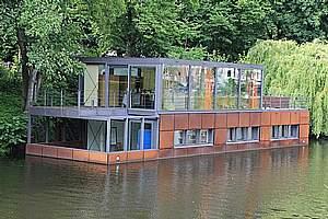 Maisons flottantes