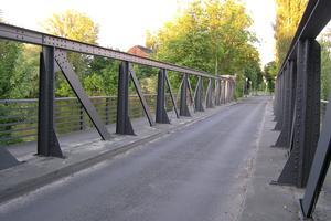 Ponts en poutre en treillis sans raccordement supérieur