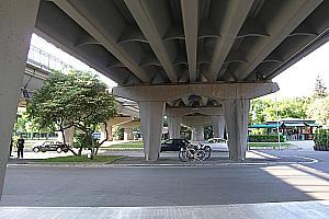Multiple T-section girder bridges