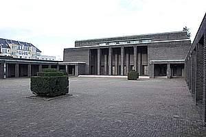 Mourning halls