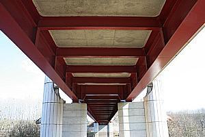 Twin girder bridges