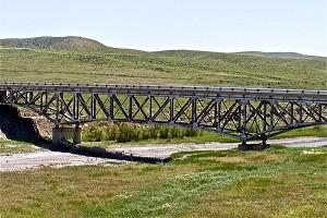 Ponts en poutre en treillis type Pratt