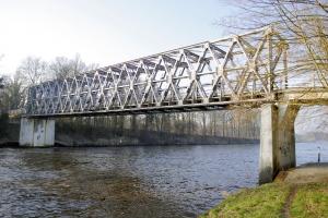Callender-Hamilton bridges