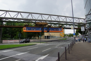 Ponts de monorail suspendu