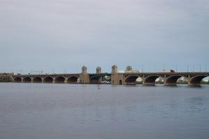Rall bascule bridges