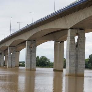 Saint-André-de-Cubzac Bridge