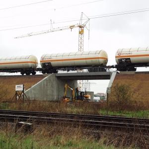 Eisenbahnüberführung der Anschlussbahn InfraLeuna