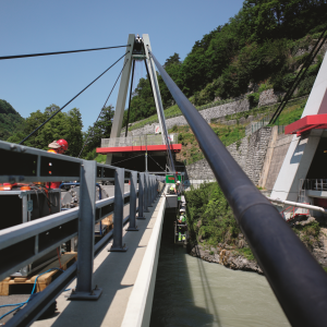 Seilprüfung an Rhone-Autobahnbrücke