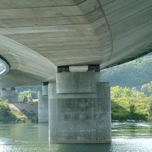 Viaduc sur le Rhône du boulevard périphérique nord de Lyon