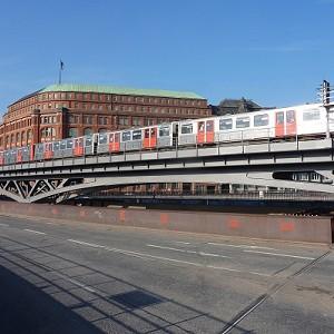 Binnenhafenbrücke (Subway)