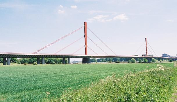 Beeckerwerther Brücke, Duisburg