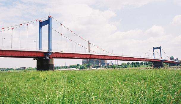 Friedrich-Ebert-Brücke, Duisburg.