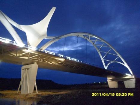 Abbas Ibn Firnás-Brücke