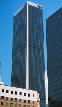 AON Building, Los Angeles.