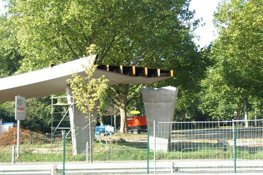 Fuß- und Radwegbrücke über die Ardeystrasse in Dortmund