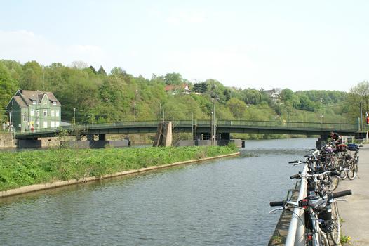 Pontoon bridge at Bochum-Dahlhausen