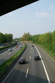 Autobahn A40 between Bochum-Hamme and Bochum-Stahlhausen