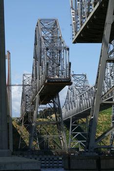 Pont sur le détroit de Carquinez