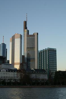 Eurotower, Commerzbank & Schweizer-National in Frankfurt am Main