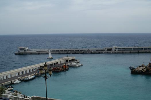 Schwimmpier der Erweiterung des Hafens La Condamine in Monaco