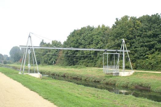 Erlebnisbrücke, Mönchengladbach Mini-Schwebefähre mit Eigenantrieb