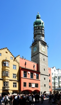 Old town hall (Altes Rathaus) and tower (Stadtturm) in Innsbruck