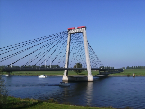 Pont de Heusden
