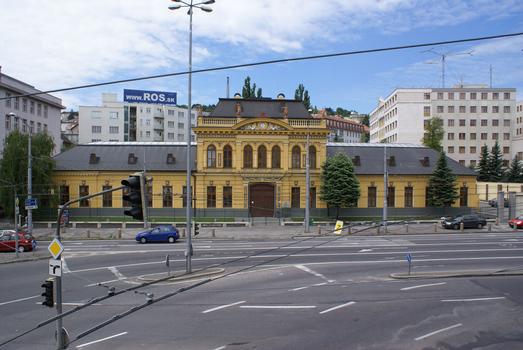 Rue Stefánikova, Bratislava