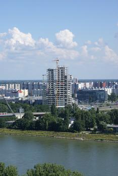 Aupark Tower, Bratislava